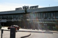 """Ryanair"" atsāk lidojumus no lidostas ""Rīga"""