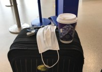 Sociālās aizsardzibas departaments veic pasažieru pārbaudes lidostās