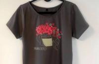 S. Siliņas Covid-19 laika sajūtas uz T-krekla