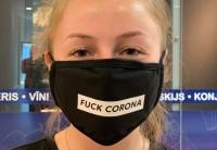 Pēc atgriešanās skolās skolēniem būs jālieto sejas aizegi vai maskas